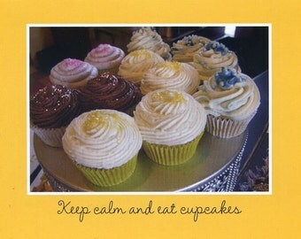 Keep calm and eat cupcakes - photo card