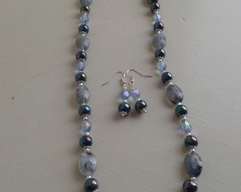Grey necklace and earrings set