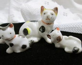 Vintage Lusterware  Spotted Cat with Kittens Made in Japan Figurine Set by Atlantic, LIA
