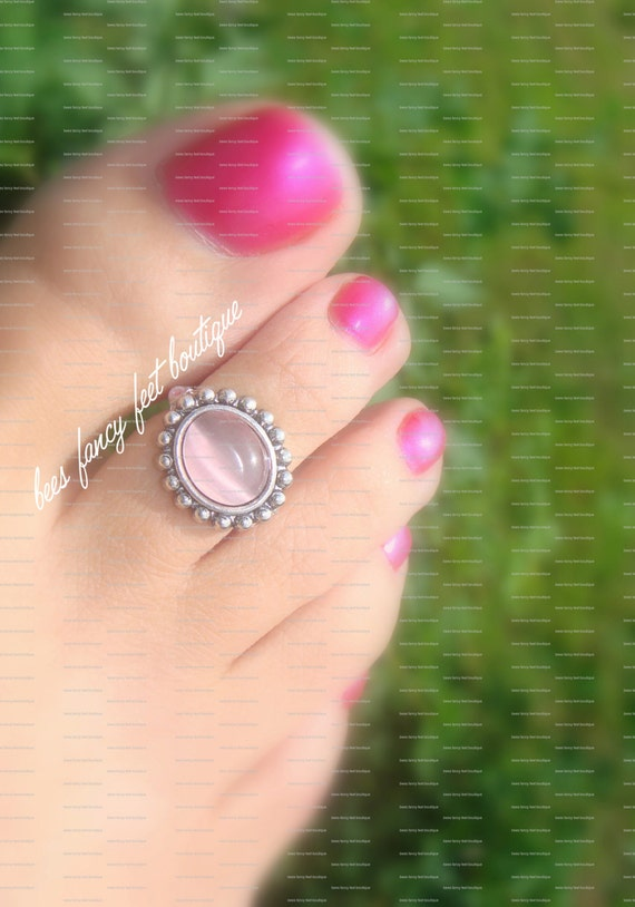 Toe Ring - Pink Glass - Metal Base - Stretch Bead Toe Ring