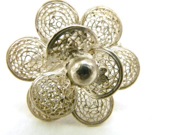 Vintage Silver Filigree Flower Ring,