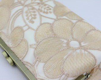 Champagne Lace on White Bridal Clutch / Floral Wedding Purse / Bridal Purse / Bridesmaid Purse Clutch