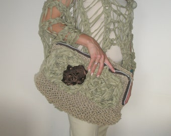 Hand knitted olive green hemp purse