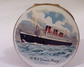 Rare Stratton ship compacts boat powder compacts vintage Stratton  R M S Queen Mary