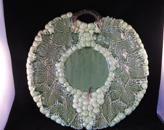 Green plate with grapes by Jay Willfred made in Portugal