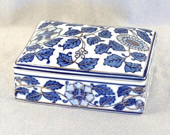 SALE Pretty Porcelain China Covered Box // Jewelry Box // Trinket Box // Vanity // Dresser // Treasures // Cobalt Blue Design // **WAS 10.00