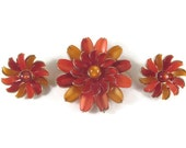 Vintage Lisner Thermoset Autumn Flower Brooch & Earrings Fiery Harvest Colors