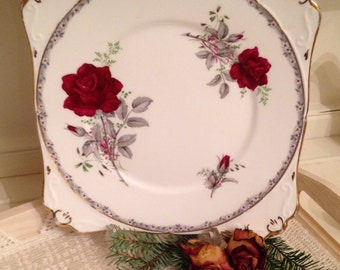 Vintage cake plate made by Royal Stafford in the Roses to Remember pattern. Red rose Cake Plate. CP017