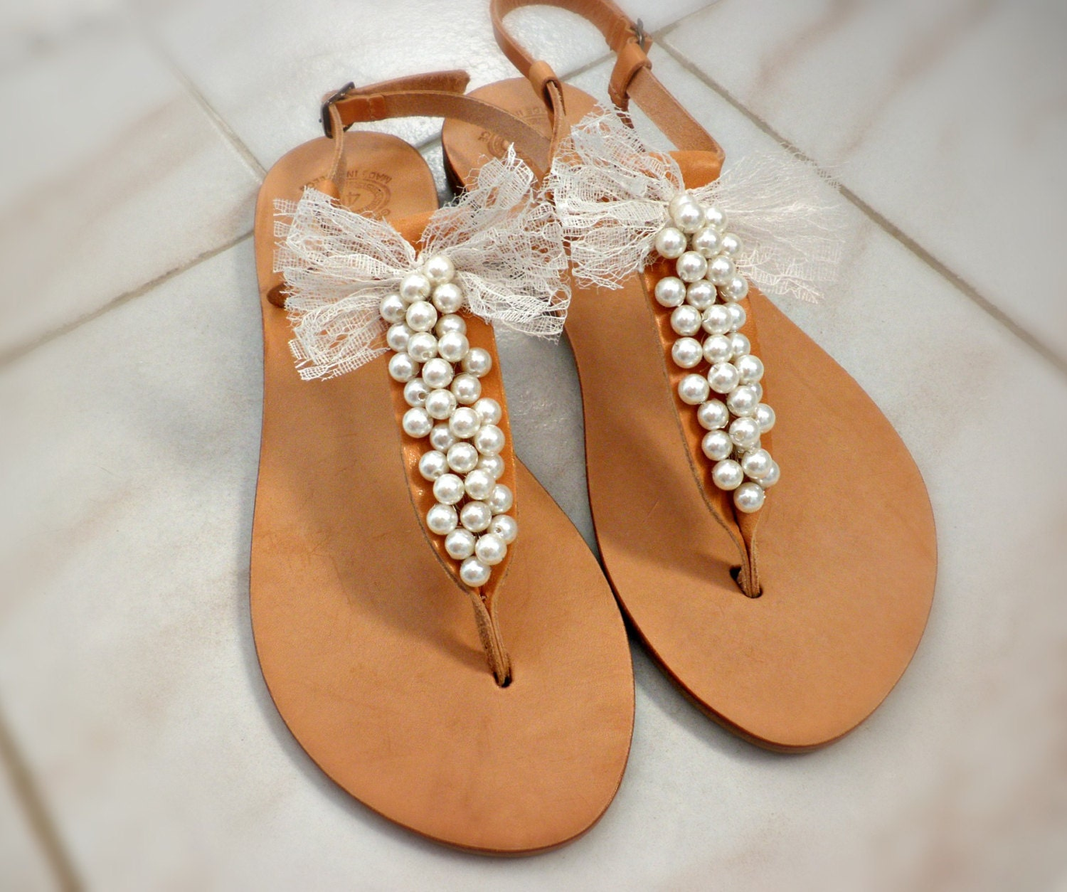 Wedding sandals pearls decorated with lace bow bridal sandals for Flat dress sandals for weddings