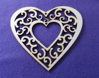 2 hearts, wood, 11 x 10 cm  (04-0004A)