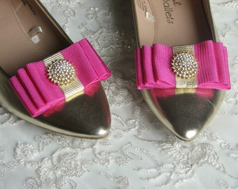Hot pink shoe clips Bridal shoe clips Rhinestones shoes clips Gold rhinestones Gold shoe clips Fuchsia shoe clips Hot pink bows Fuchsia Gold