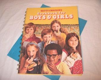 Betty Crocker's Cookbook for BOYS AND GIRLS 1978