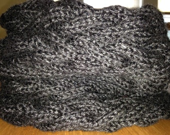 Knitted Cabled Cowl