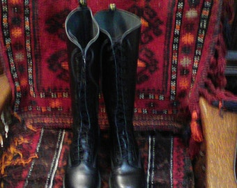 Vintage Doc Marten 20 Eyelet Boots UK 6 US 8 Made In England