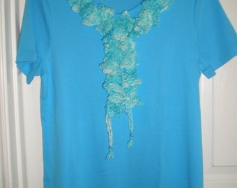 Women's purchased scoopneck t-shirt with handmade, crochet removable ruffle.  FREE SHIPPING.