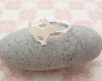 Sterling silver bunny ring.