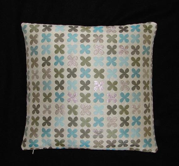 Maia Modern Pillows : Quatrefoil Silver by Alexander Girard Maharam Mid-century