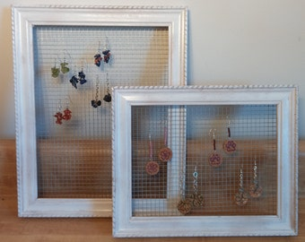 Chicken Wire Frames to Hang Jewelry