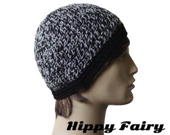 Black and light grey mottled mens skull cap with a black band fitted hat