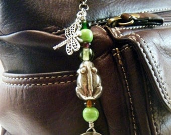 Wandering Frog Purse Bling/Charmed Pull/Attachable Bling