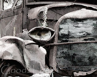A very old car | something different from France