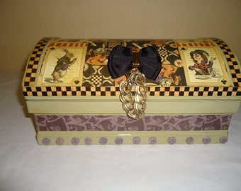 Alice in Wonderland Treasure Chest Jewelry Box