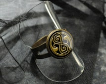 Doctor Who ring – Seal of Rassilon – Time Lord – BBC Dr Who fandom – cosplay jewelry / jewellery