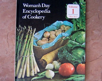 Woman's Day Encyclopedia of Cookery Volume 1 Aba-Avo, vintage cookbook, Woman's Day Encyclopedia Volume 1 cookbook