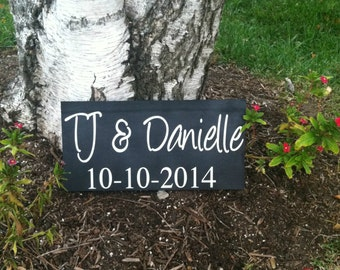 Save the Date Sign --  Engagement Sign - Wedding Signs - Save the Date Photo Prop - Custom Wood Signs -- Photo Prop