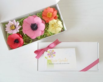 Plantable Paper Flower And Seed Bomb Sample Set   Unique Gardening Gift    Eco Friendly Paper