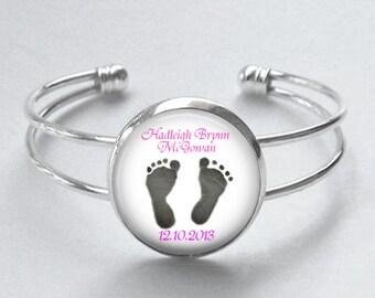 SALE! Personalized Bracelet - Baby Footprints - Mom Grandmother Aunt Gift