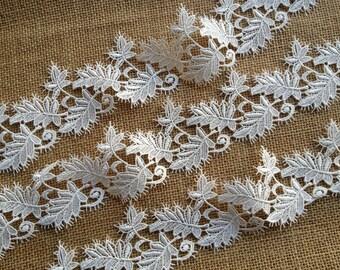 Delicate Lace Applique, White Lace, Venice Lace Trim, Leaves Trim, Wedding Belt, One Yard