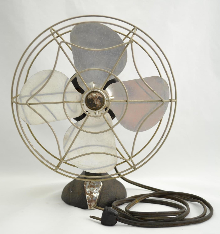 Electrical Table Fan : Vintage s eskimo in desk table top electric fan chrome