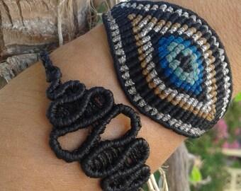 Macrame infinity bracelet