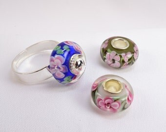 Glass Flower Silver Ring, Three Interchangeable Glass Beads, Pink Roses on Blue, Pink & Green Beads, Adjustable, Size 6.5 to 11.0, R1001