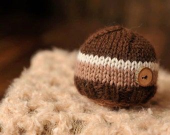 Newborn knitted beanie.. newborn hat.. newborn beanie... newborn photography prop... newborn knit hat