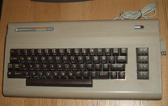 Raspberry Pi 3 inside Commodore 64 USB Keyboard