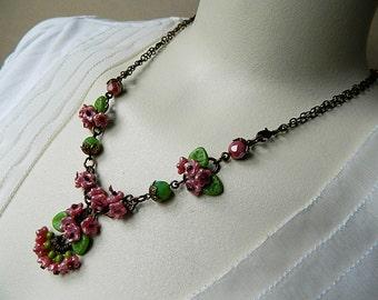 Pink & Green Bohemian Floral Necklace, Short Romantic  Flower Necklace, Elegant Floral Necklace, Flower Pendant Necklace