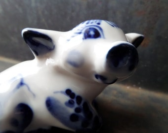Collectible Piggy Figurine,Russian Gzhel Figurine,Russian Porcelain,Porcelain Animal Figurine,Pig Collection,Miniature Animal Pig