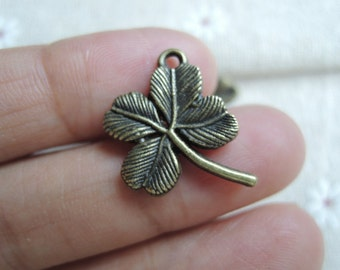 15pcs  20X16mm Antique Bronze  four leaf clover charm  (A335)