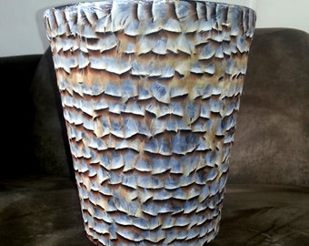 French partridge feather waste paper bin