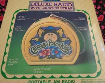 1983 Cabbage Patch Kids Deluxe Radio With Carrying Strap Portable AM Radio