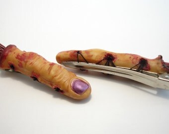 Bloody Finger Hair clip
