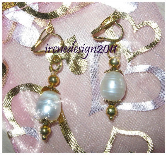 Beautiful Gold Clip-On Earrings with White Sea Pearl