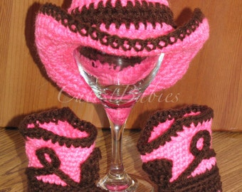 Newborn Baby Crochet Cowboy Hat & Boots Photo Prop. 0-3, 3-6m.
