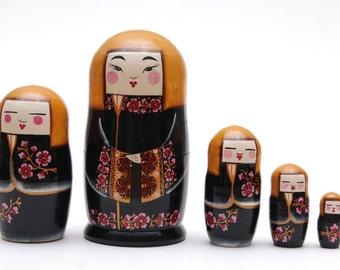 EXCLUSIVE Russian geisha matryoshka babushka russian nesting doll 5 pc Free Shipping plus free gift!