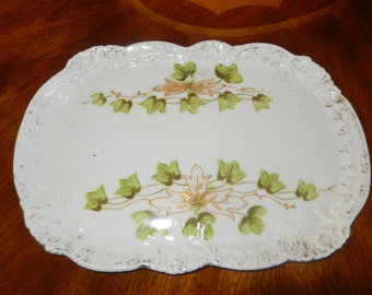 PORCELAIN DRESSER TRAY or Platter