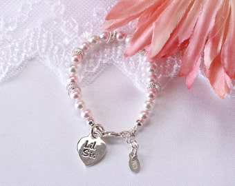 "Sterling Silver ""Lil Sis"" Bracelet with Swarovski Pearls and Lil Sis Charm with Gift Box for Little Sister Gift for Girls (009)"