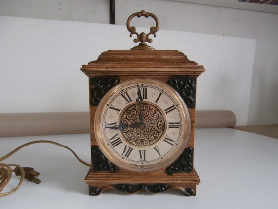 spartus clocks vintage