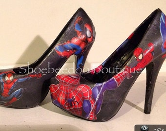 Web hero Comic heels